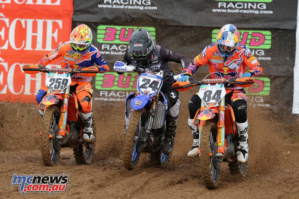 The MX1 startline at Lacapelle-Marival