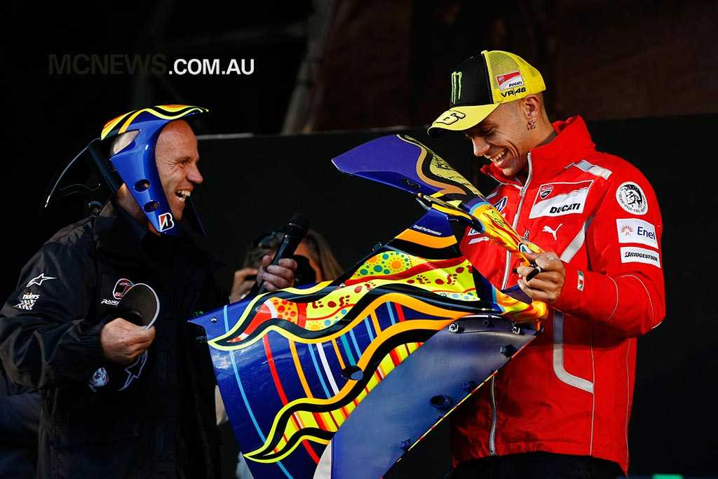 Randy Mamola with Valentino Rossi in 2011 - Image by AJRN