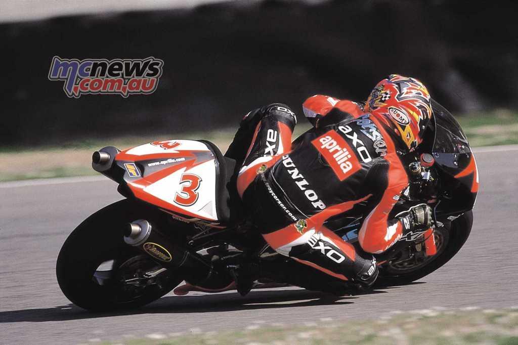 Troy Corser - WorldSBK 2000 - Aprilia RSV Mille