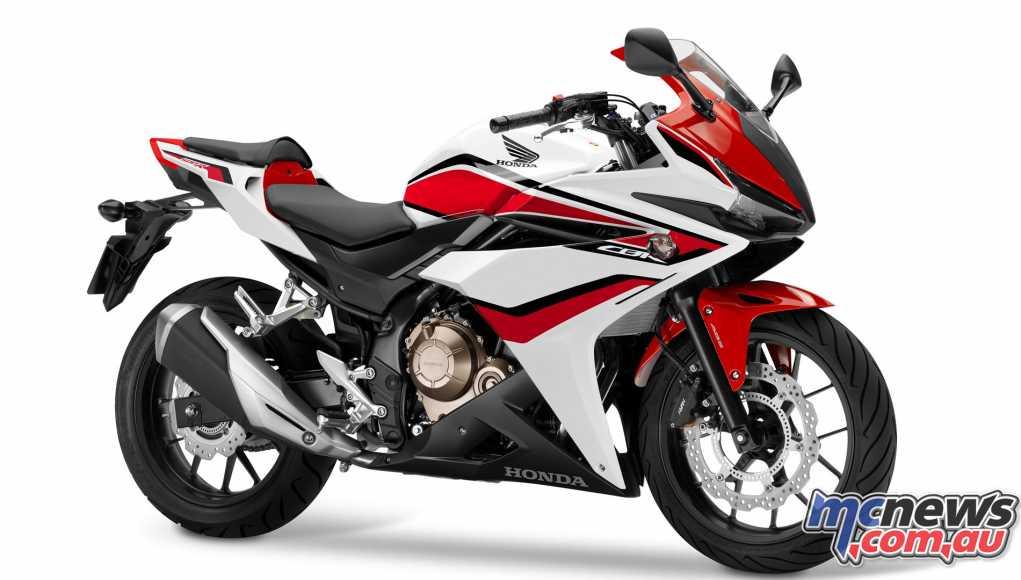 2018 Honda CBR500R in Pearl Metalloid White/Grand Prix Red