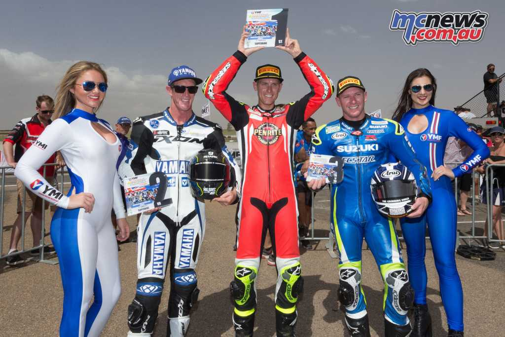 The Round 2 podium saw Herfoss on top, with a one-point lead from second placed Wayne Maxwell, with just the pole point separating the two. Josh Waters took third overall, with two third places to his name.