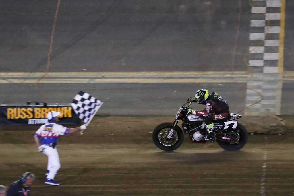 Jared Mees taking the flag at Daytona Flat Track 2018