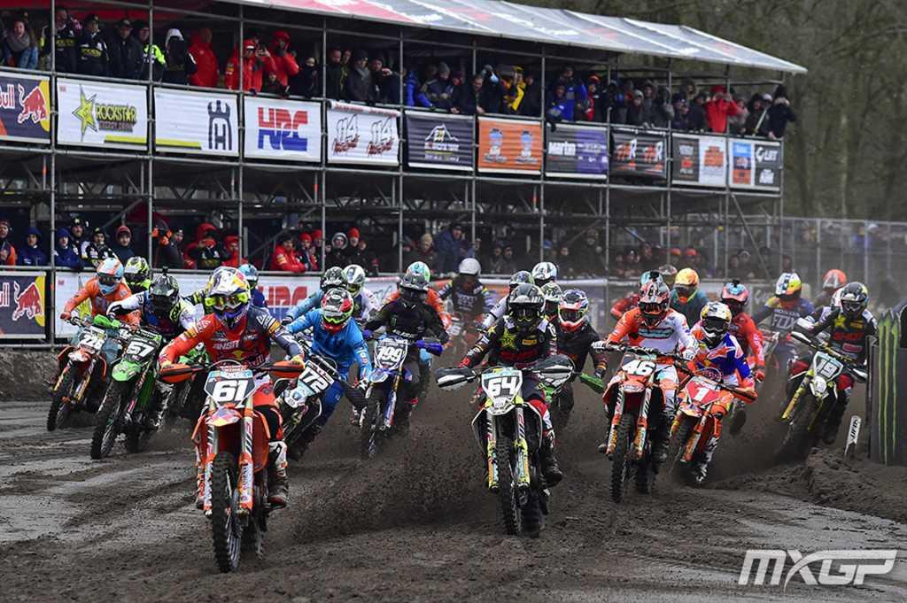 MX2 Qualifying Start
