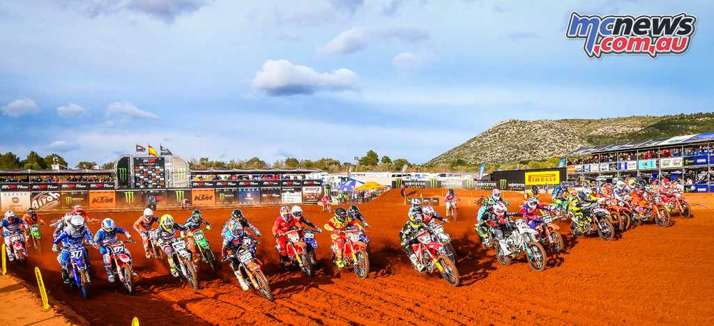 EMX250 and EMX300 also took to the RedSand circuit at Valencia