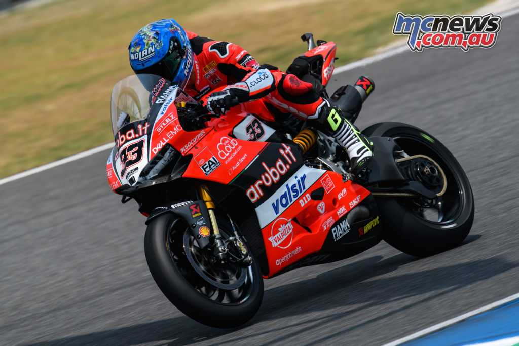 Rea did come out on top, battling Melandri