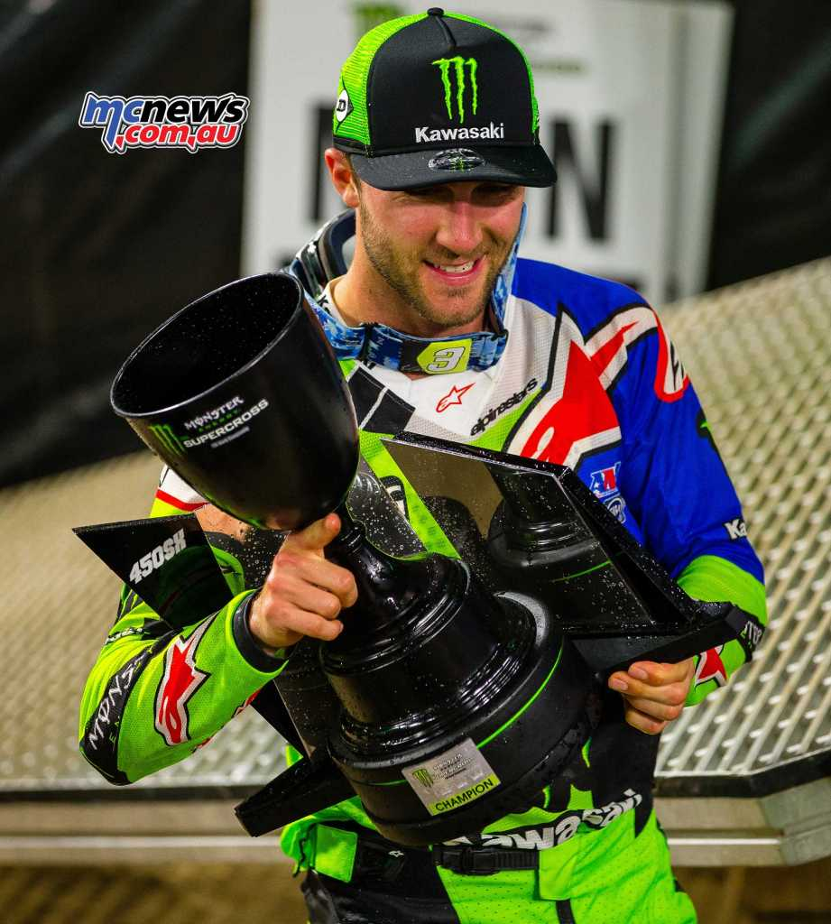 Eli Tomac the round winner