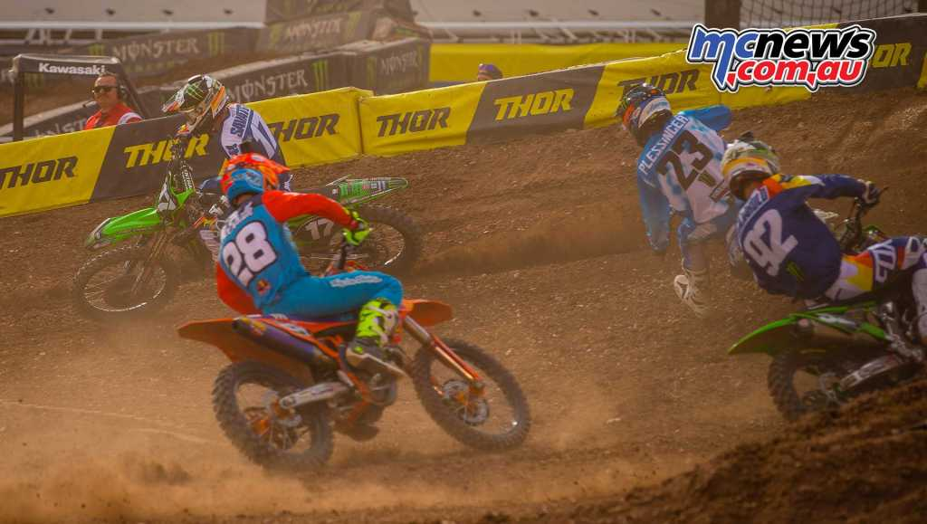 McElrath had to make his way past Cianciarulo, Plessinger and Savatgy early on before breaking away to a clear victory