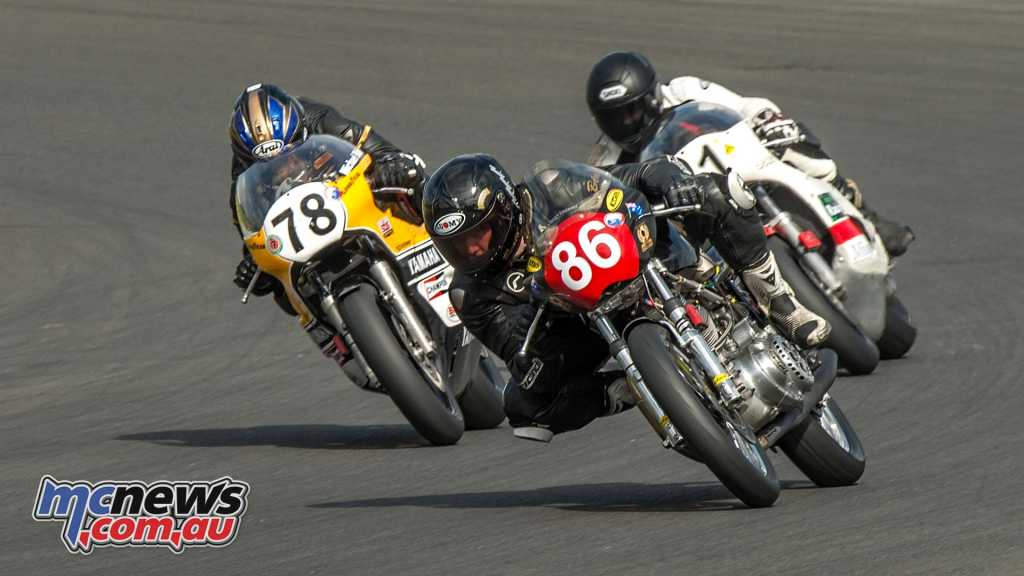 Bea Beaton leads Blair and Ago in the Superbike Shootout