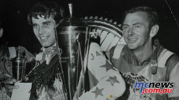 Ivan Mauger and Ronnie Moore in 1970