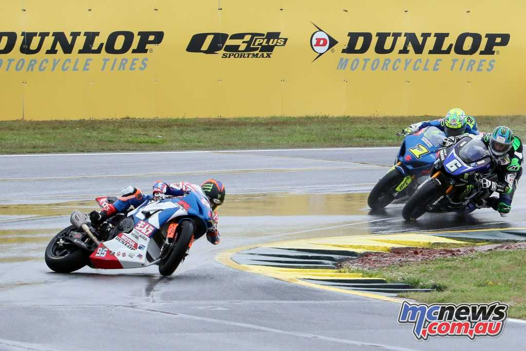 Roger Hayden crashing out of Race 2