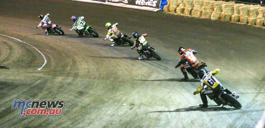 Calistoga Half-Mile 2018 - Plenty of action also further back in the pack. Mikey Rush on Yamaha FZ-07 leads Bronson Bauman on a Kawasaki Ninja 650 in this tussle. Bauman eventually got the better of Rush for 14th place at the flag.