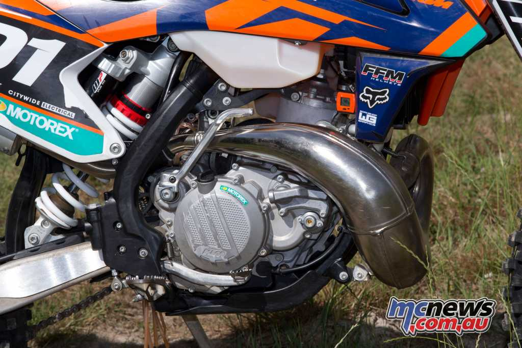 The KTM 300EXC saw a major update in 2017, which is carried across to both carb and TPI models in 2018