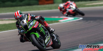 Jonathan Rea claims the Imola Race 2 victory and equals Fogarty's win record