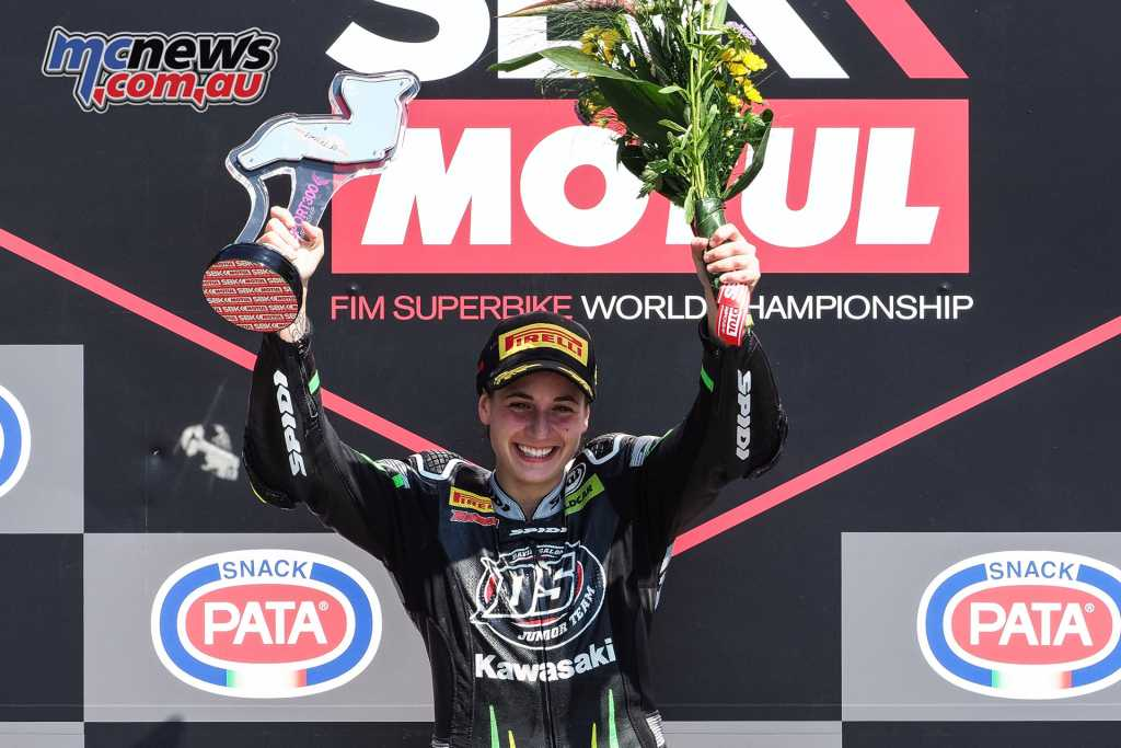 Ana Carrasco tops the podium