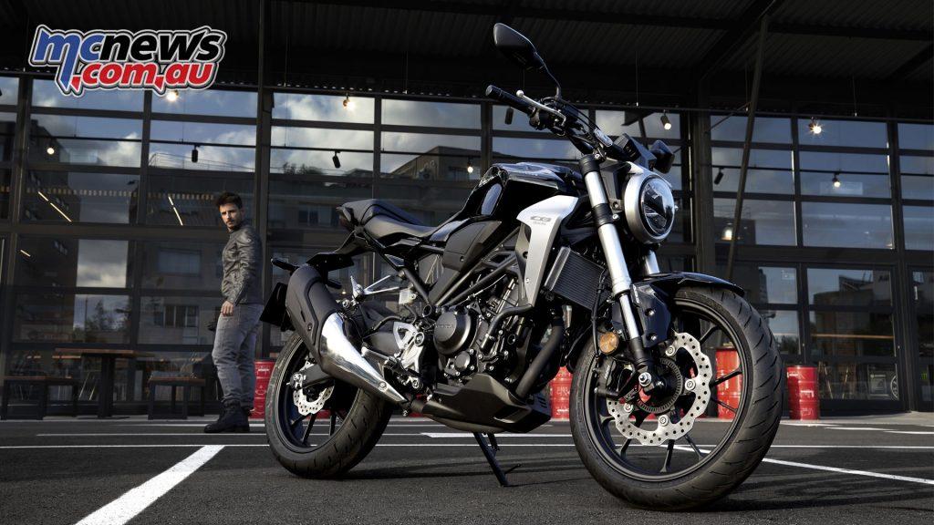 Honda CB300R arrives in dealers