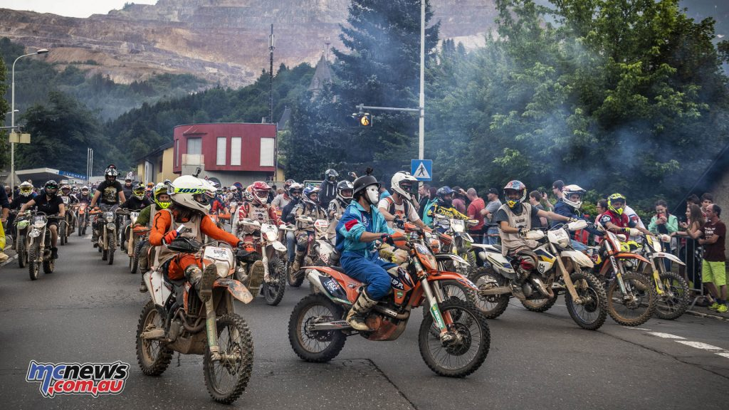 There was a huge line-up of riders taking part - Image by Philip Platzer/Red Bull Content Pool