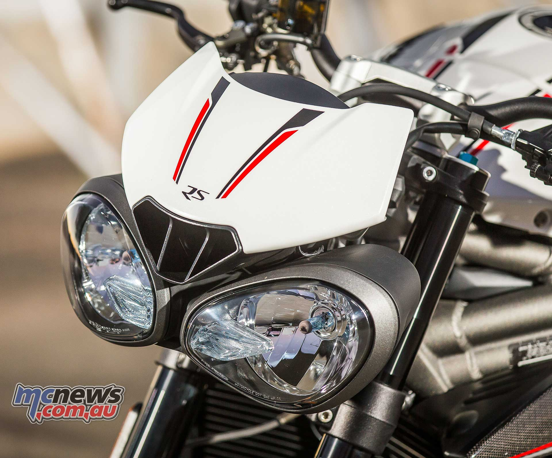 Triumph Speed Triple Rs Review Motorcycle Tests Mcnews