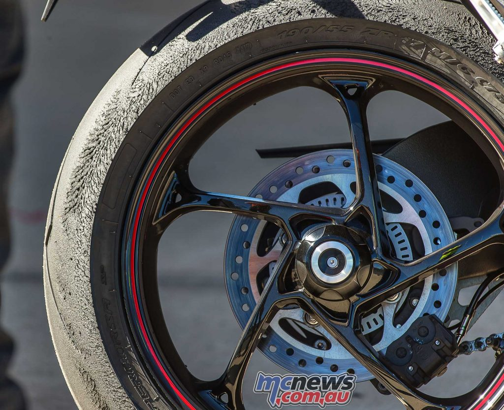 Triumph Speed Triple RS Tyres