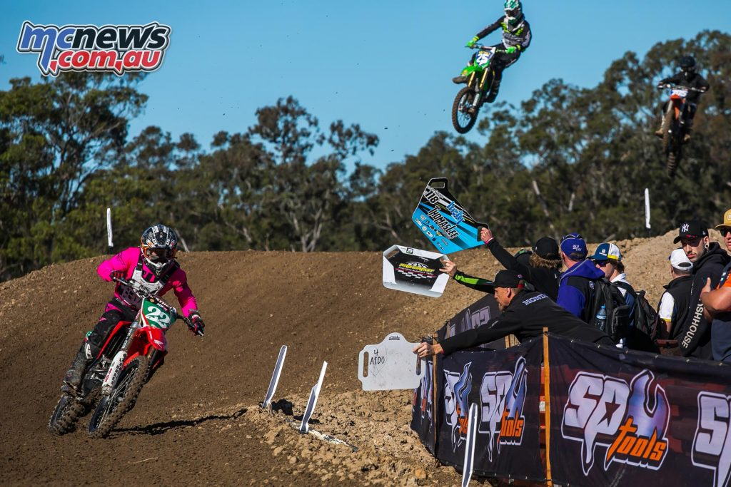 mx nationals ranch mx saturday practice mxd budd pitboard ImageByScottya