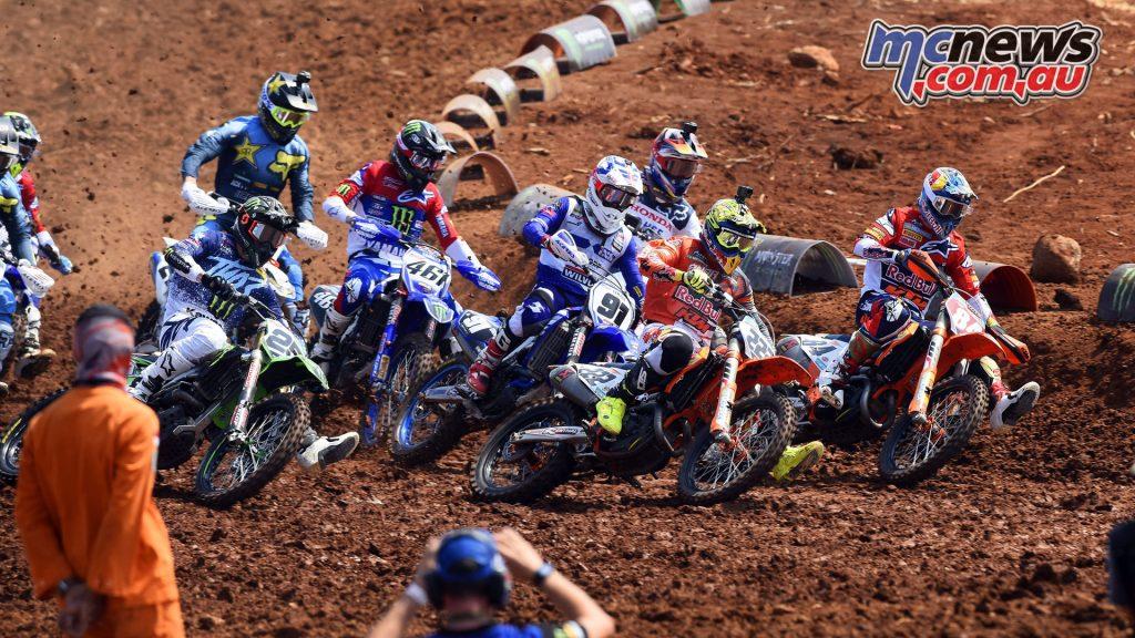MXGP Indonesia MX Cairoli Herlings start