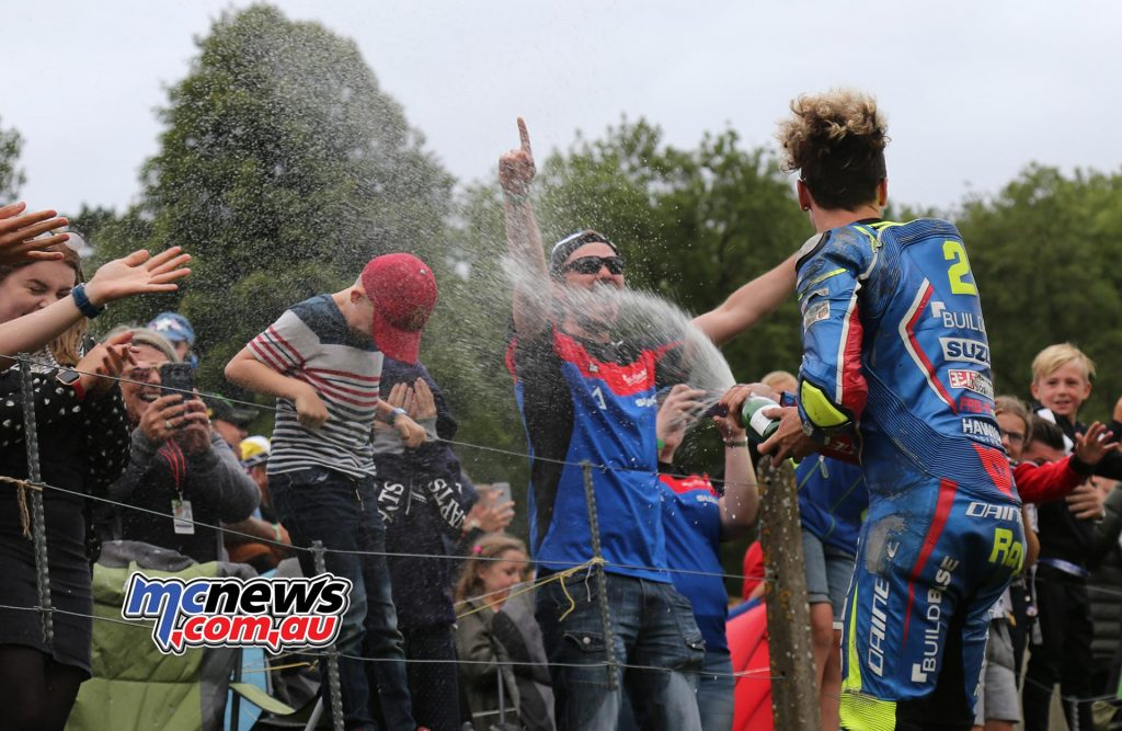 BSB CadwellPark Bradley Ray showers the crowd