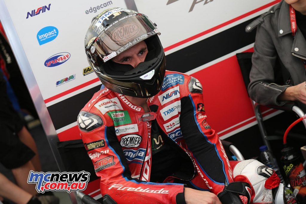 BSB CadwellPark Jason OHalloran getting ready for qualifying