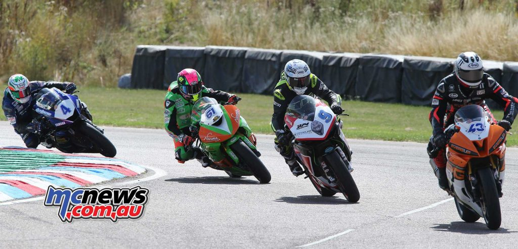 BSB Rnd Thruxton Ben Currie in the mix Image DYeomans