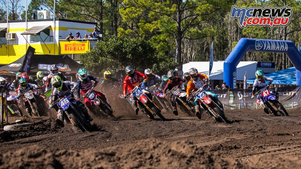 mx nationals coolum round mxd moto start ImageScottYa