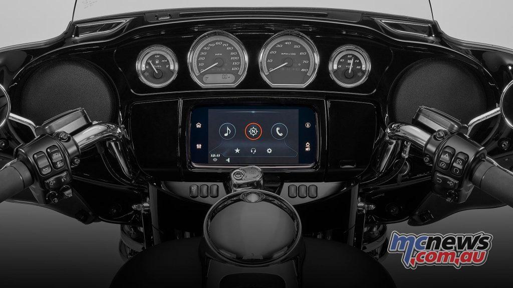 Harley Davidson CVO Touring Dash