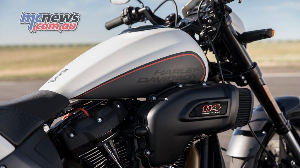 Harley Davidson FXDR front end