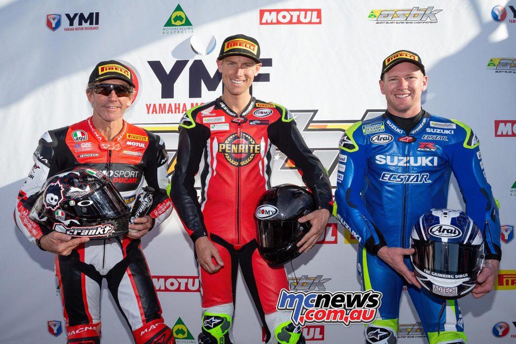 ASBK TBG Rnd Morgan Park QP Superbike Trio Herfoss Bayliss Waters