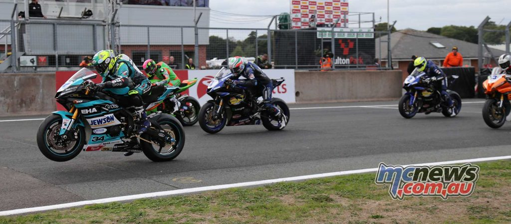 BSB Showdown Oulton Park Supersport Start ImageDyeomans