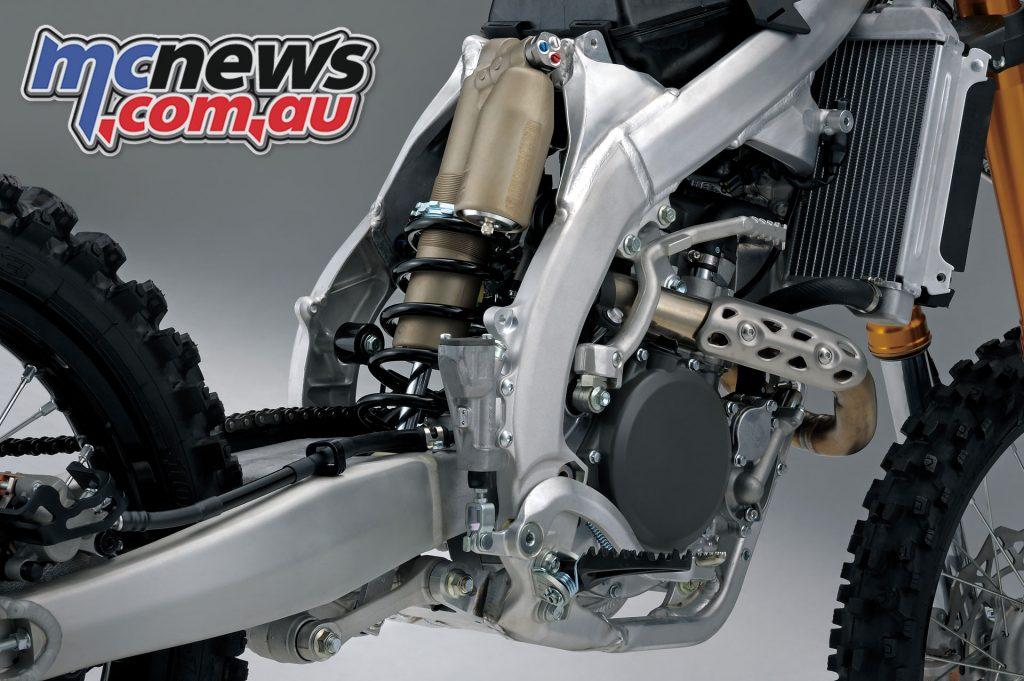 Suzuki RM ZL rear suspension