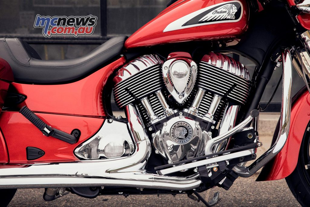 Indian Chieftain imc chieftainlimited rubymetallic detail ds