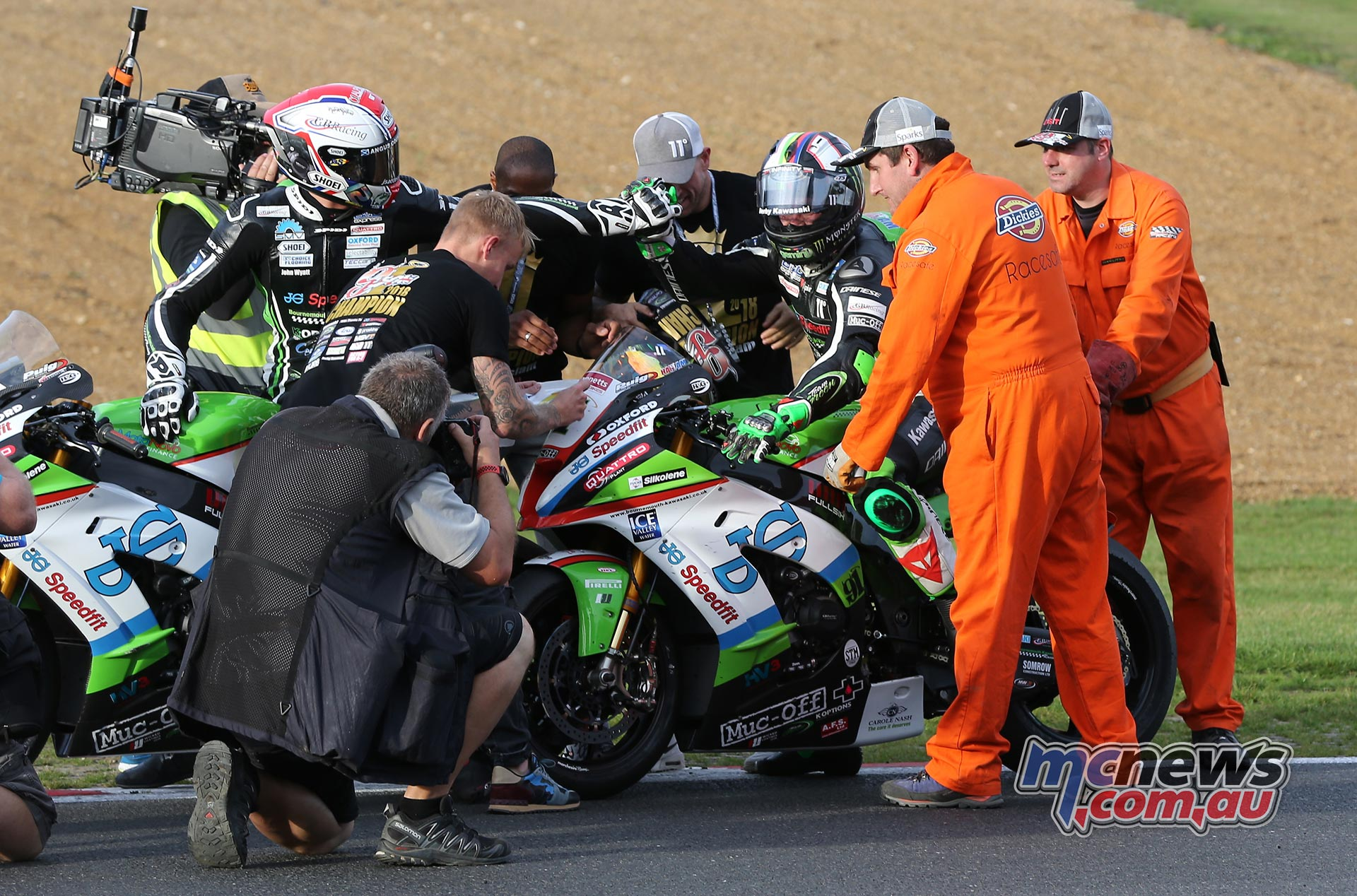 BSB Final Brands Leon Haslam