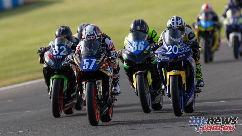 MotoGP ASBK Supports TBG Supersport Race Crump