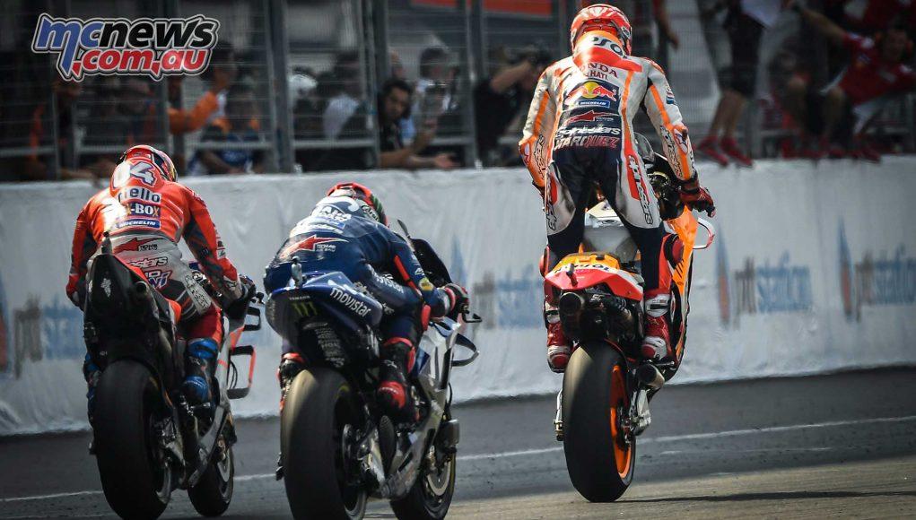 MotogGP Rnd Thailand Flag Marquez Dovizioso Vinales