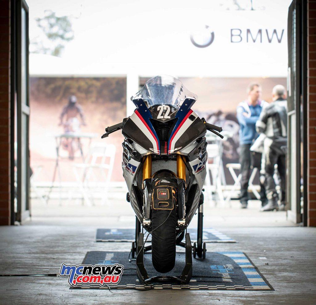 BMW HP Race Pits