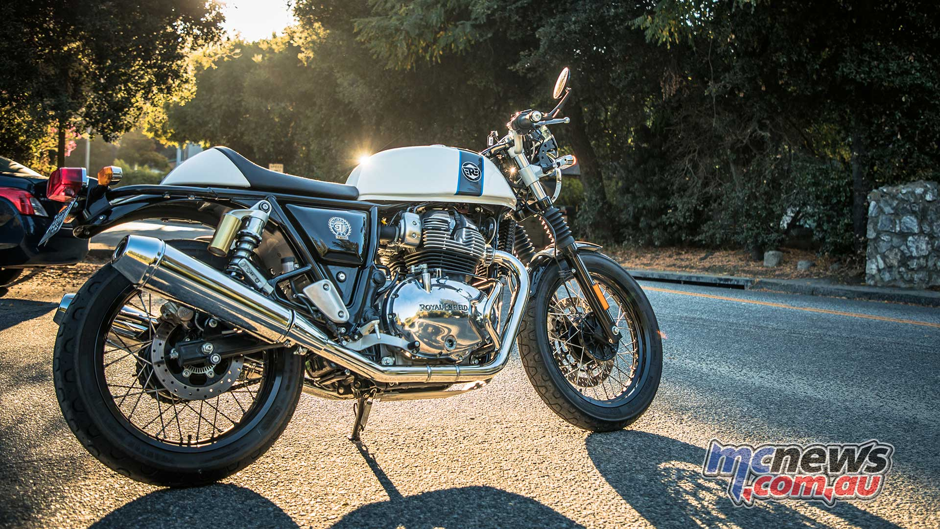 Royal Enfield Continental Gt >> Royal Enfield 650 Continental GT Review | Interceptor Test | MCNews.com.au