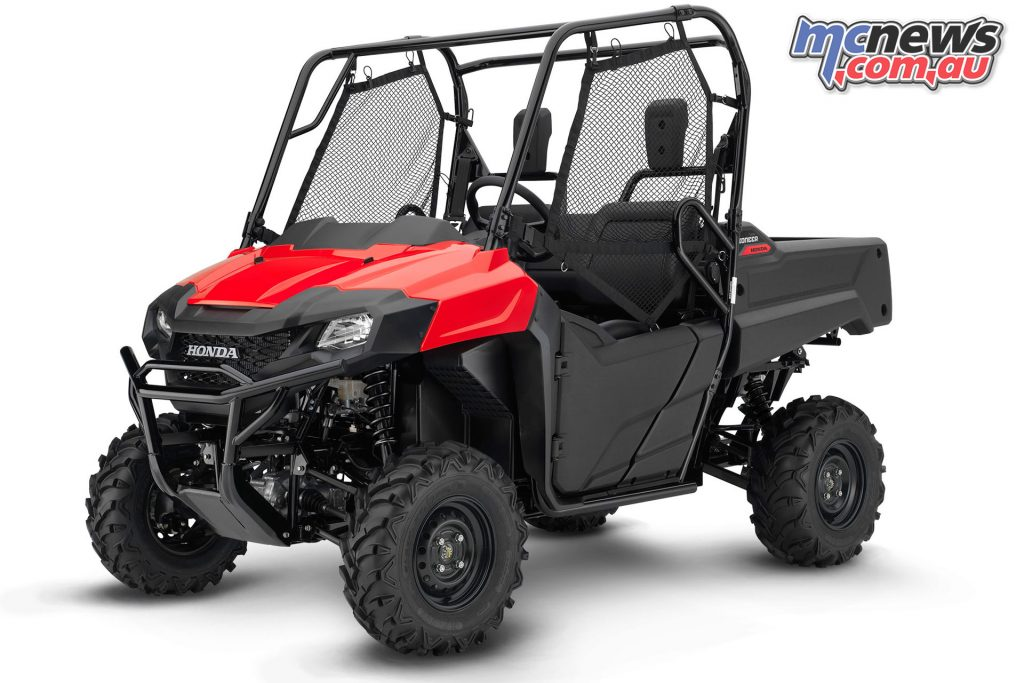Honda Pioneer red clipped