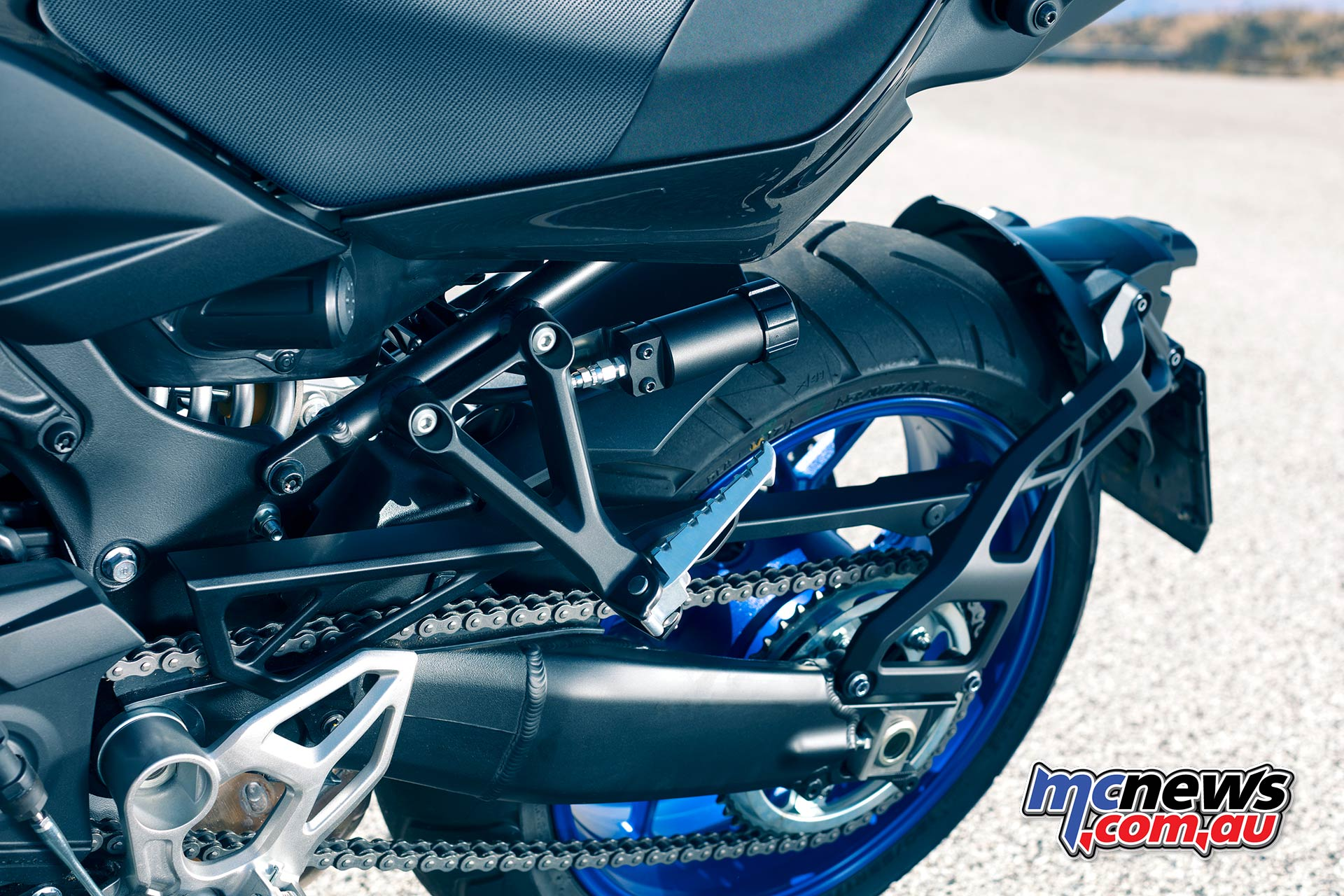 Yamaha Niken Shock Adjust Swingarm