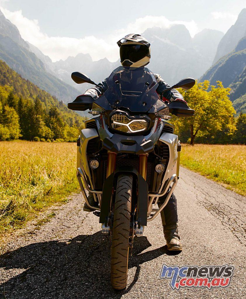 BMW FGS Adventure Front