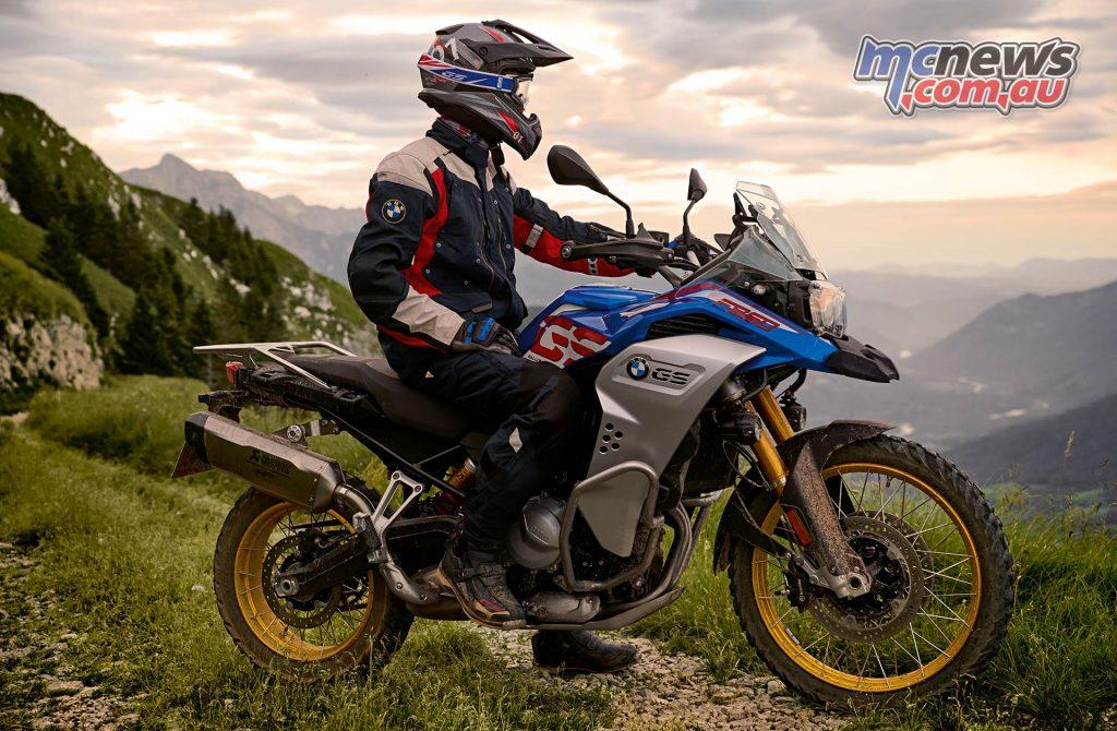 BMW FGS Adventure Scene