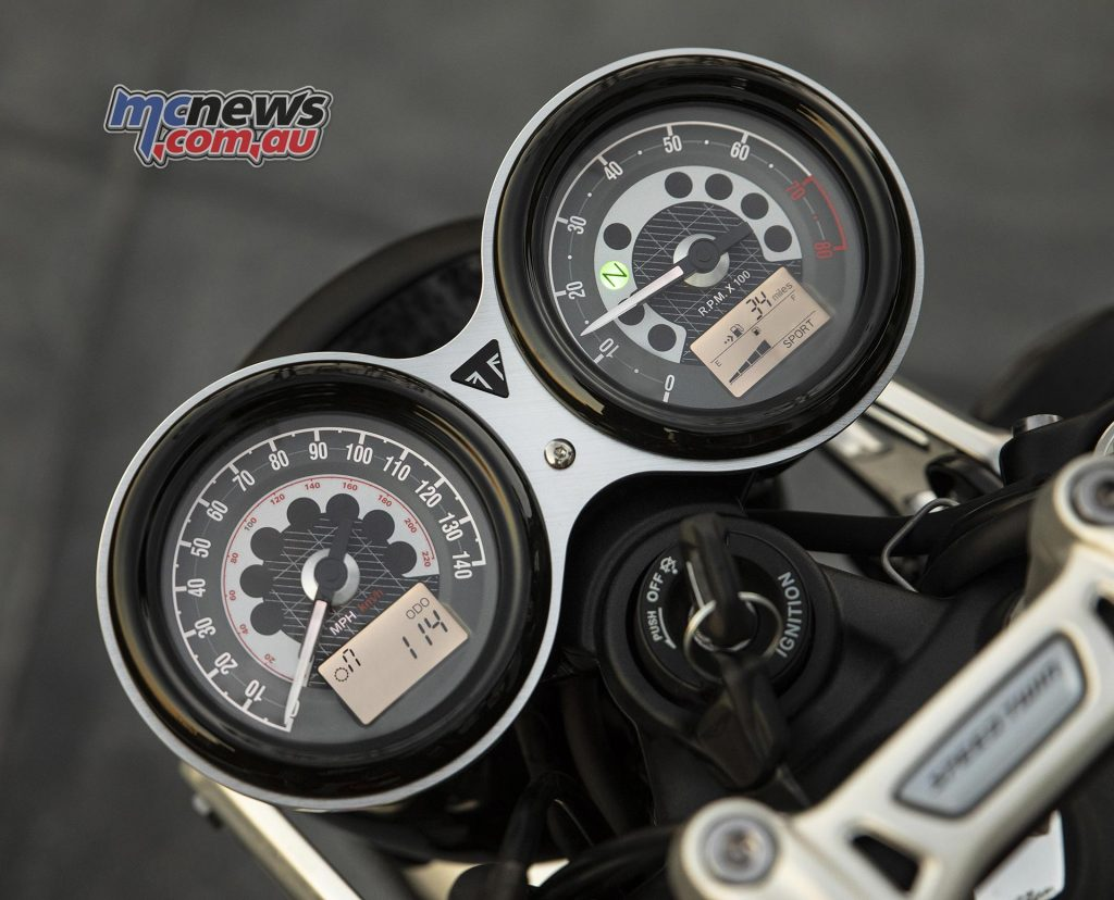 Triumph Speed Twin Instruments Modes