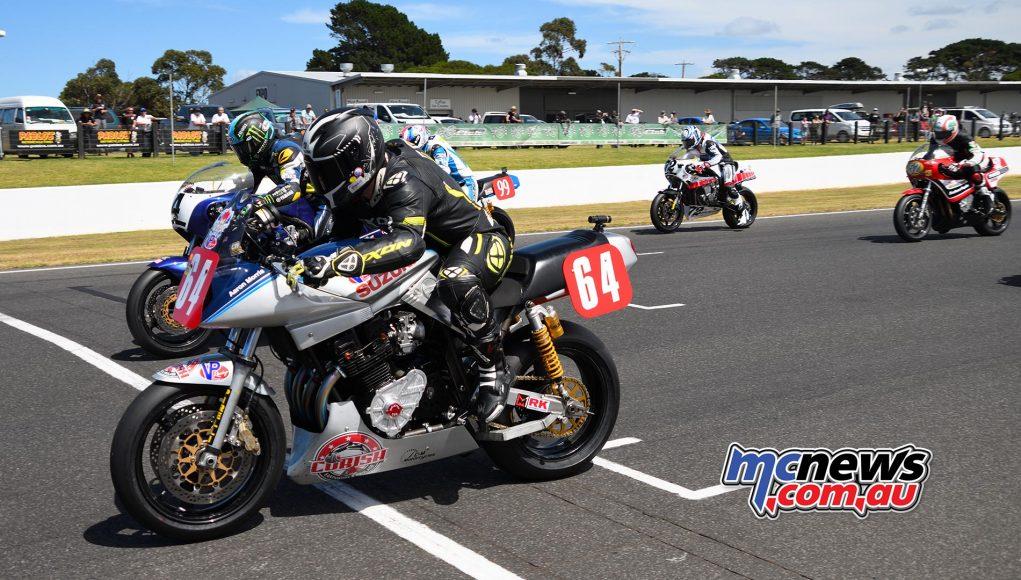 IIC Phillip Island Rob Mott Sunday Start Aaron Morris Steve Martin