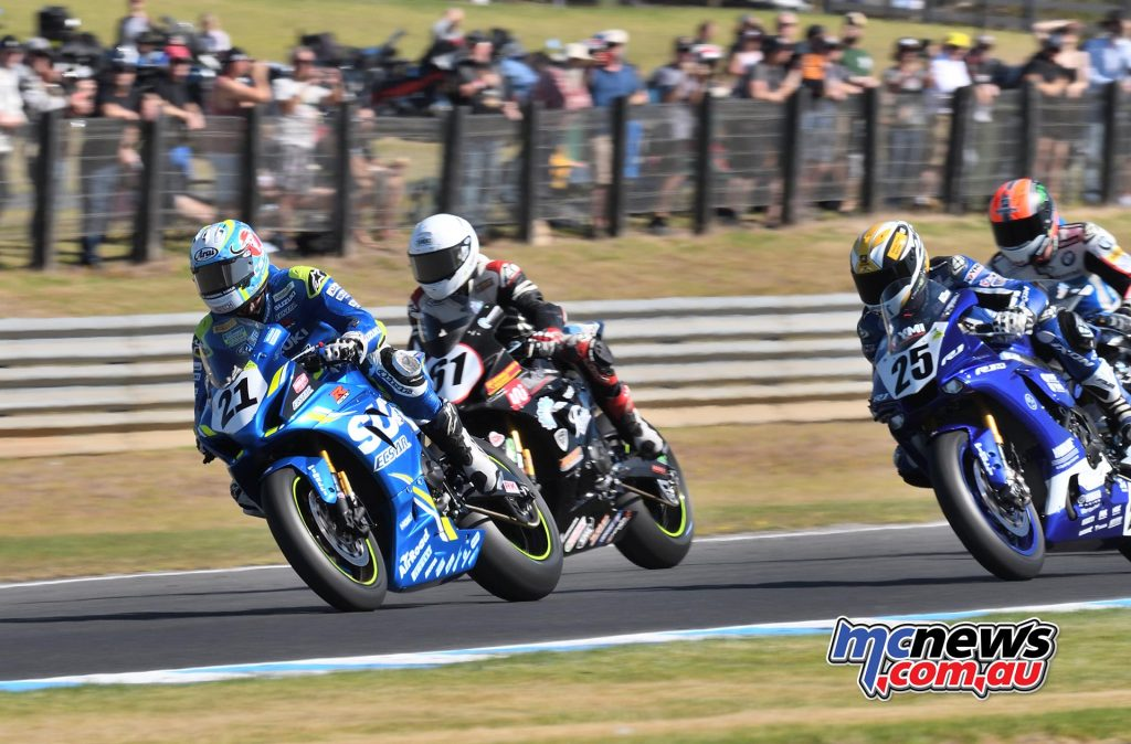 ASBK Round Phillip Island SBK Sunday Rob Mott Start Waters Leading