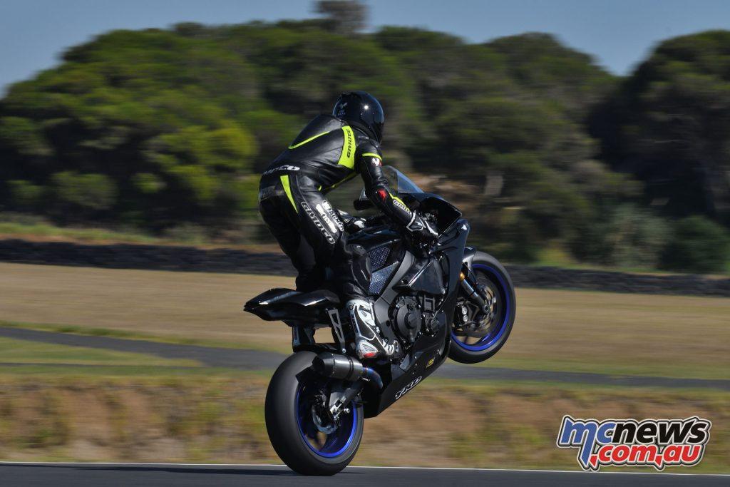ASBK Testing SB Phillip Island Rob Mott Aiden WAGNER Wheelie