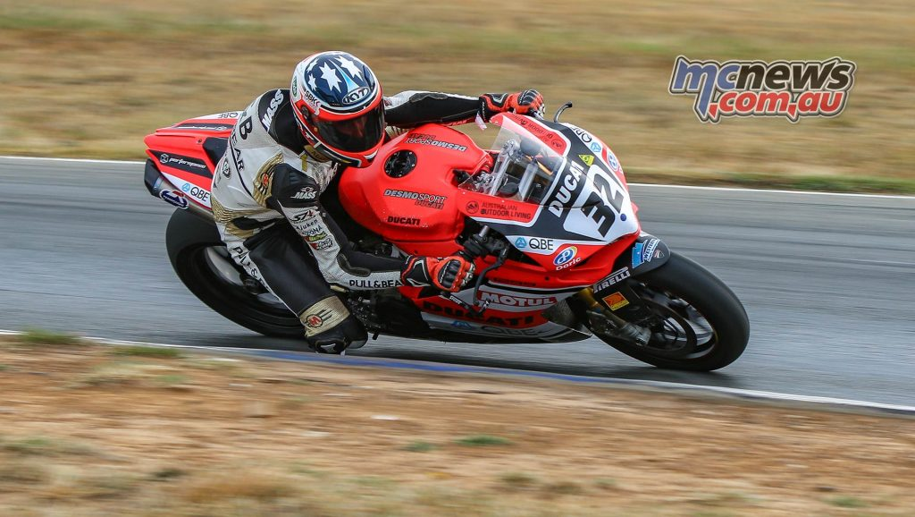 ASBK Test Wakefield TDJimagesDay Mike Jones