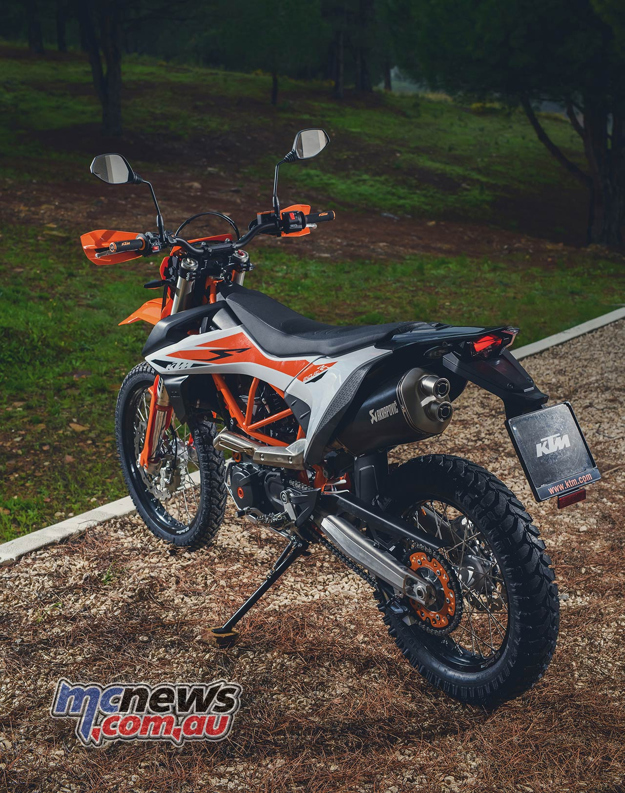 2019 ktm 690 enduro r reviewed motorcycle test mcnews. Black Bedroom Furniture Sets. Home Design Ideas