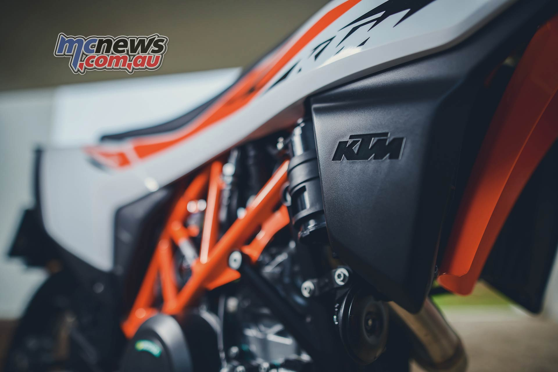 2019 KTM 690 Enduro R Reviewed | Motorcycle Test | MCNews com au
